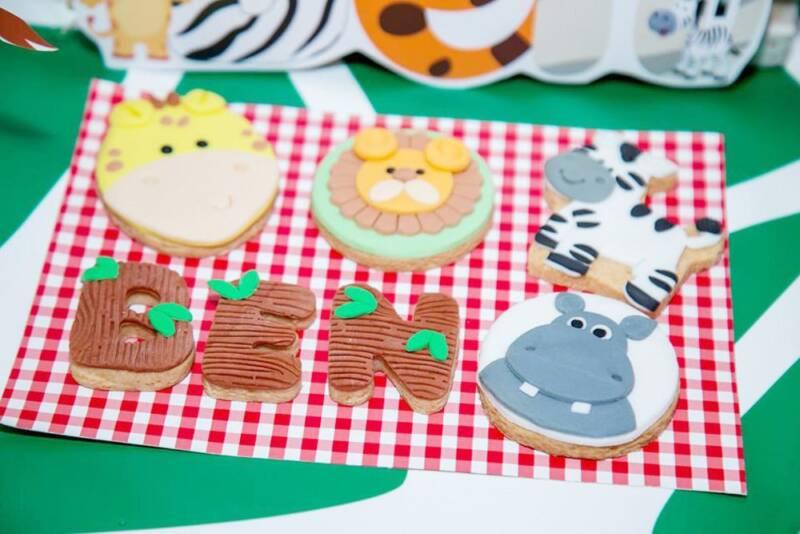 Bánh cookie được tạo hình theo chủ đề