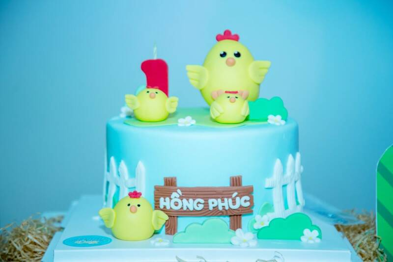 bánh kem tạo hình gà con 3D theo chủ đề