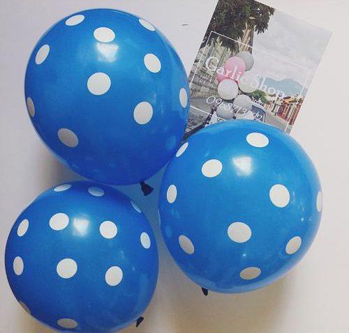 bong bóng kiếng màu xanh dương trang trí tiệc