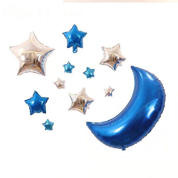 Cách tranh trí những bóng kiếng ngôi sao nhỏ màu xanh với mặt trăng