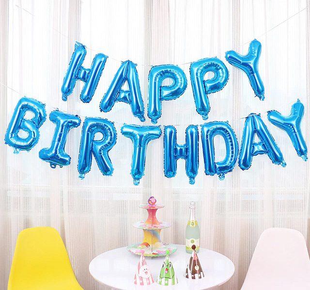 Trang trí chữ Happy Birthday bong bóng màu xanh