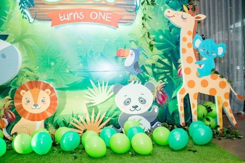 Trang trí sinh nhật bé Ben chủ đề rừng xanh