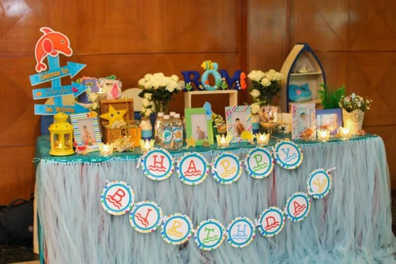 Trang trí bàn sinh nhật thôi nôi bé trai